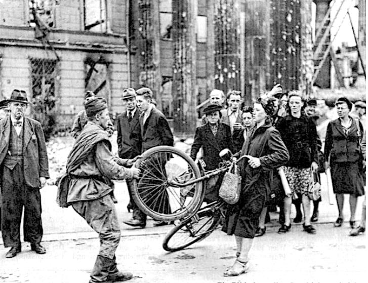 Historical Photo around 1945 in Vienna (Austria)
